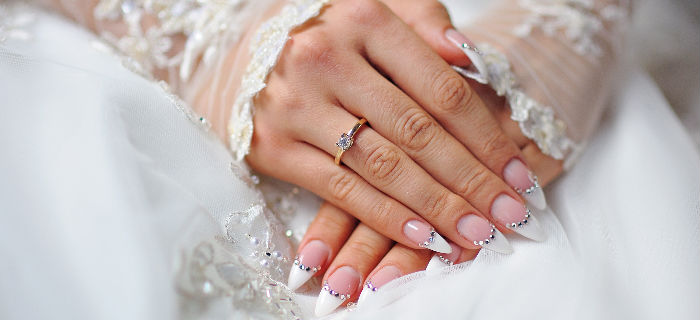 20 Nail Designs For Your Big Day The Wedding Circle